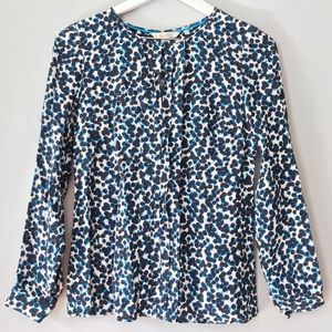 EUC Boden blue white pattern pleated blouse 4